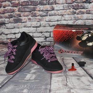 Heelys Size 6 Bliss Skate Shoes 7144 Key Box
